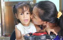 """Cuộc sống đổi thay của """"người mẹ điên"""" từng bị hiếp dâm đến sinh con ở Trà Vinh: Căn nhà nhỏ đã tràn ngập tiếng cười"""