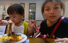 Quỳnh Trần JP tiết lộ mẹo nhỏ để đi ăn buffet được hời nhất, vừa dứt lời thì chị đi làm điều ngược lại!