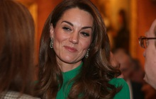 """Không phải nữ nhân Hoàng gia nào cũng được """"dùng chung"""" trang sức với Nữ hoàng Anh, nhưng cháu dâu Kate Middleton thì có"""