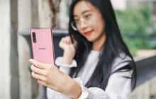 Chỉ bằng thay đổi bề ngoài, smartphone bỗng trở nên fit với phái nữ cực kỳ