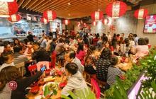 """Cuối năm """"nhà bao việc"""", điều gì khiến dân Hà Thành đổ xô đi ăn """"món Quảng Đông"""" tại Vincom Trần Duy Hưng?"""