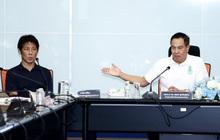 """Chủ tịch đề nghị HLV tuyển Thái Lan giảm 50% lương: """"Chúng tôi không thể sống, bạn cũng không có tiền"""""""