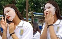Nữ sinh tỉnh bơ đắp mặt nạ trong buổi tựu trường: Là hành động dễ thương tạo trend hay sắp bị cả khối ghét tới nơi rồi?