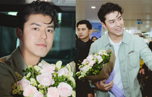 """Nam thần """"Friend Zone"""" Nine Naphat gây bão sân bay Nội Bài: Siêu điển trai phong độ, cực thân thiện với fan Việt"""