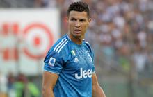 Ronaldo mất toi bàn thắng vì trót cong người, Juventus chỉ thắng sát nút ngày ra quân nhờ cái tên cực bất ngờ này