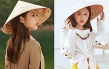 """""""Tiểu Lưu Diệc Phi"""" bất ngờ tung bộ ảnh chụp tại Việt Nam: Nhan sắc thanh tú, nổi bật với nón lá truyền thống"""