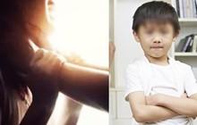 Chứng kiến cảnh tượng bố bạo hành mẹ, cậu bé 6 tuổi đã làm một việc gây kinh ngạc, giải quyết luôn mâu thuẫn của người lớn