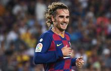 Tân binh đắt giá Griezmann lập cú đúp đẹp như mơ, Barcelona cho kẻ thách thức sấp mặt