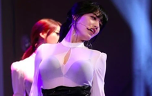 """Nữ idol được mệnh danh sexy nhất Kpop và loạt sân khấu khuyến cáo fan """"mầm non"""" không nên xem!"""