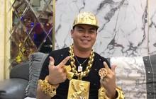 Đề nghị truy tố Phúc XO, người đeo vàng giả nhiều nhất Việt Nam