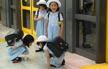 """Khám phá chiếc cặp của học sinh Nhật Bản: Bên trong chứa đựng cả """"thế giới"""""""