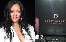 Knet vô cùng phẫn nộ vì Rihanna đến trễ tận 2 tiếng rưỡi khi dự sự kiện tại Hàn, lời xin lỗi còn gây tranh cãi hơn