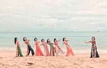 Bộ ảnh du lịch Phú Yên của hội những bà mẹ U50 chứng minh một điều rằng: Thanh xuân đã qua không có nghĩ là chúng ta già đi!
