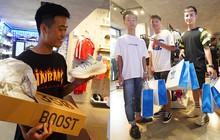 """HOT: Yeezy """"Mây Trắng"""" chính thức mở bán tại Hà Nội, các tín đồ sneaker Việt rần rần xếp hàng từ sớm chờ đón """"hot girl"""""""