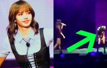 """Luôn chuyên nghiệp trên sân khấu là thế nhưng Lisa cũng có lúc quên lời, bị BLACKPINK và fan """"chọc quê"""" đáng yêu thế này đây"""