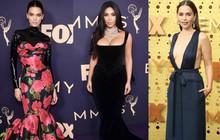 """Siêu thảm tím Emmy 2019: Chị em Kim - Kendall xuất sắc đến mức lấn át """"mẹ Rồng"""", dàn sao khủng lộng lẫy ngút ngàn"""