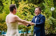 Chờ đợi mãi để thấy cô dâu trong bộ váy cưới, chú rể không ngờ lại bị chơi khăm, cộng đồng mạng được phen cười chảy nước mắt
