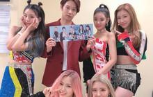 """Với độ """"cuồng"""" ITZY thế này, vị trí trưởng fan club MIDZY phải xướng tên """"Siêu sao vũ trụ"""" Kim Hee Chul!"""