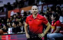 """Thấy trò cũ bị chỉ trích dù thi đấu chói sáng, cựu HLV của Saigon Heat đáp trả cực """"gắt"""""""