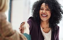 Business Insider đã phỏng vấn các nhân viên tiêu biểu về điều họ ngưỡng mộ ở ông chủ: Câu trả lời chính là những chi tiết hoàn hảo để hình thành nên một lãnh đạo tài ba!