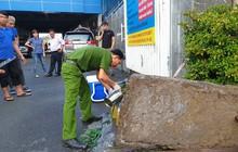 Bộ Công an bắt quả tang một công ty ở TP.HCM xả thải ra sông