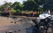 Bình Phước: Xe rước dâu đâm trực diện xe tải, 2 người thương nặng