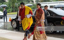 """Cộng đồng mạng phát sốt với vẻ đẹp """"thoát tục"""" không góc chết của Hoàng hậu Bhutan ở Nhật Bản khi tham dự lễ đăng quang"""