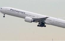 Máy bay Boeing 777 gặp sự cố bốc cháy động cơ ở Los Angeles (Mỹ)