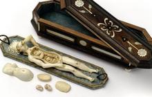 Bí ẩn những con búp bê 300 năm tuổi, được chạm khắc cả nội tạng bên trong