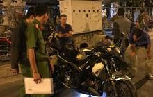 TP.HCM: Chạy đuổi chó, nam thanh niên bị xe mô tô phân khối lớn cán đứt lìa chân, tử vong