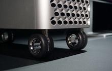 Đẳng cấp của Apple: Một cái bánh xe giá hơn 9 triệu, khăn lau màn hình cũng phải 7749 bước để vệ sinh cho sạch
