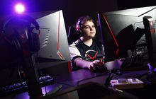 """Tuổi trẻ tài cao, cậu bé 14 tuổi kiếm """"sương sương"""" cả tỷ đồng bằng việc chơi game"""