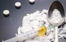 """Nước mắt muộn màng của người phụ nữ U60 khai lần thứ 4 dính vào ma túy vì """"lỡ dại"""""""