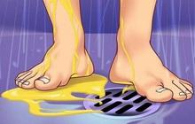Những lợi ích không ngờ của việc... đi tiểu trong khi tắm