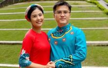 Ngọc Hân tay nắm tay tình tứ với bạn trai bên nhau cả thập kỷ, nhẫn đính hôn báo hiệu ngày cưới không còn xa