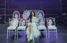 Tiffany Young ngồi một mình giữa nhiều khuôn mặt của các thành viên SNSD: trông xa thì tình nhìn gần thì giật mình!