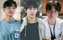 """Dàn trai đẹp y khoa cực phẩm của Người Thầy Y Đức 2: Hết """"hotboy bún bò"""" Ahn Hyo Seop tới trai đẹp Sạp Mai Mối Joseon đều có đủ!"""