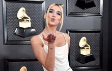 """Dua Lipa bị chỉ trích khi ném tiền vào vũ nữ thoát y tại bữa tiệc hậu Grammy, Lizzo và Lil Nas X hành động tương tự nhưng lại """"thoát tội""""?"""