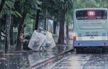 Dự báo thời tiết: Hà Nội mưa rào, cảnh báo lốc và sét trong ngày Tết Trung thu