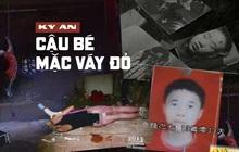 """Cậu bé mặc váy đỏ: Vụ án thiếu niên tử vong bí ẩn trong tư thế """"nhạy cảm"""", suốt 11 năm chưa có lời giải đáp thỏa đáng"""