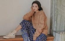 """Có 1 combo ai diện cũng đẹp: Áo len và chân váy, nàng công sở diện đi làm hay đi chơi cũng """"hút"""" hết nấc"""
