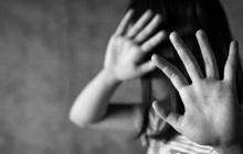 """Bắt khẩn cấp đối tượng ép bé gái 12 tuổi tự quay và gửi video """"nhạy cảm"""""""