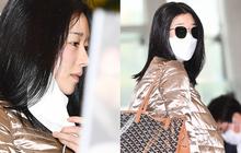 """""""Điên nữ"""" Seo Ye Ji ra sân bay thôi cũng ngầu muốn xỉu, choáng nhẹ khi nàng bỏ kính khoe mặt mộc và sống mũi """"đòi mạng"""""""