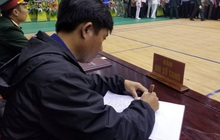 Những dòng sổ tang xúc động tại lễ viếng 22 liệt sĩ hy sinh ở Quảng Trị