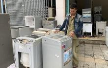 Máy giặt, tủ lạnh bị lũ ngâm, bà con để tui sấy sửa miễn phí cho