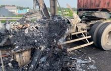 Xe container bốc cháy thành than trên cao tốc TP.HCM - Trung Lương