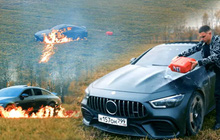 YouTuber người Nga tẩm xăng đốt xe Mẹc siêu sang thu hút hơn chục triệu lượt xem, lý do khiến ai nghe cũng phải bối rối