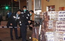 Băng nhóm vũ trang chặn đường shipper, cướp 600 cuộn giấy vệ sinh ở Hong Kong giữa lúc khan hàng vì dịch virus corona