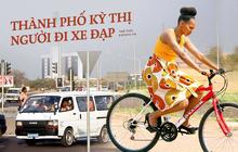 """""""Tông cho phát bây giờ"""": Câu chuyện về thành phố """"kém xanh"""" bậc nhất thế giới, nơi xe đạp bị kỳ thị gay gắt còn ô tô cũ nát ngập tràn"""