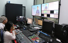 Không còn học online, một tỉnh yêu cầu học sinh học qua sóng truyền hình mỗi ngày!